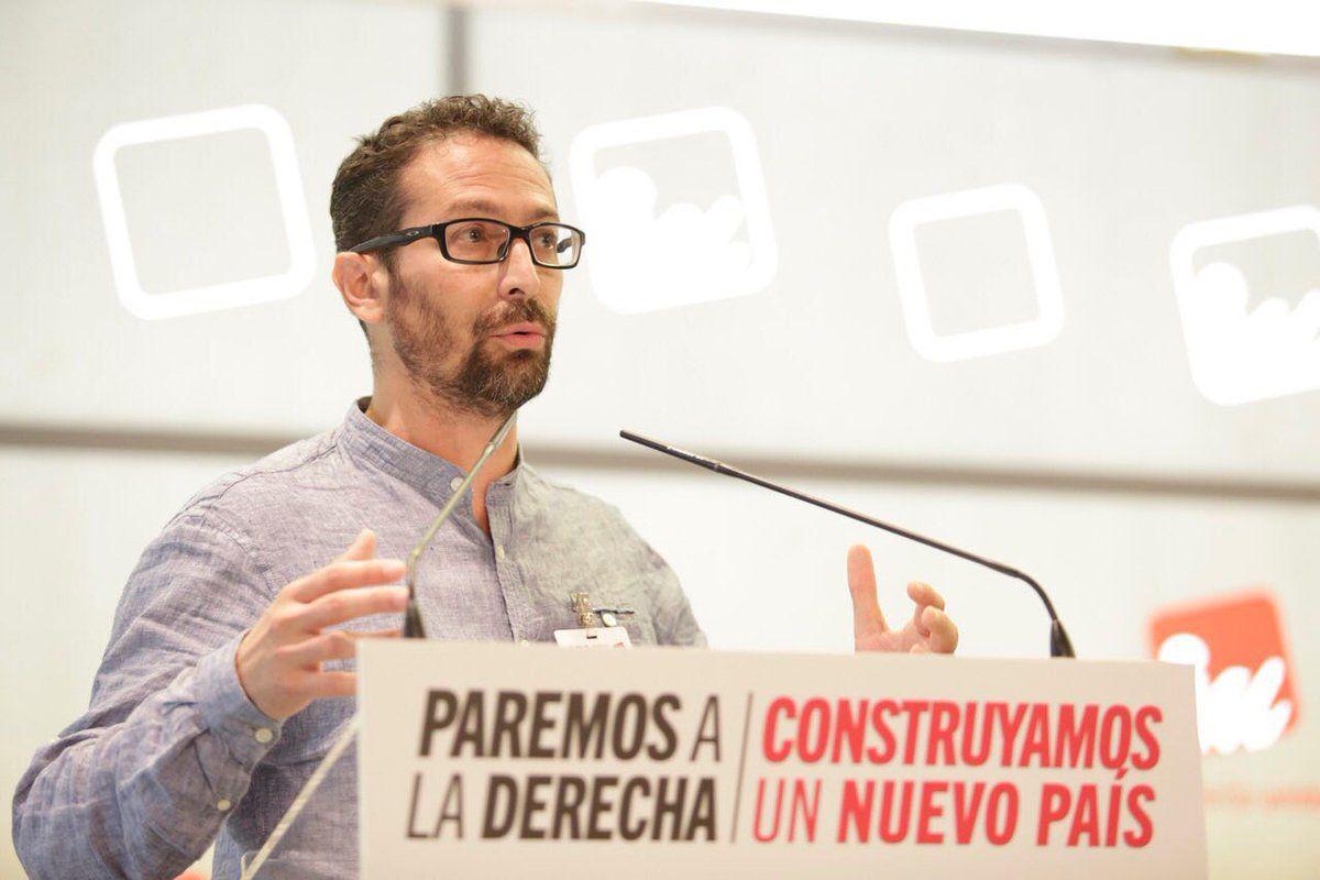 Ismael González, du Parti communiste espagnol, membre d'Izquierda Unida (gauche unie)