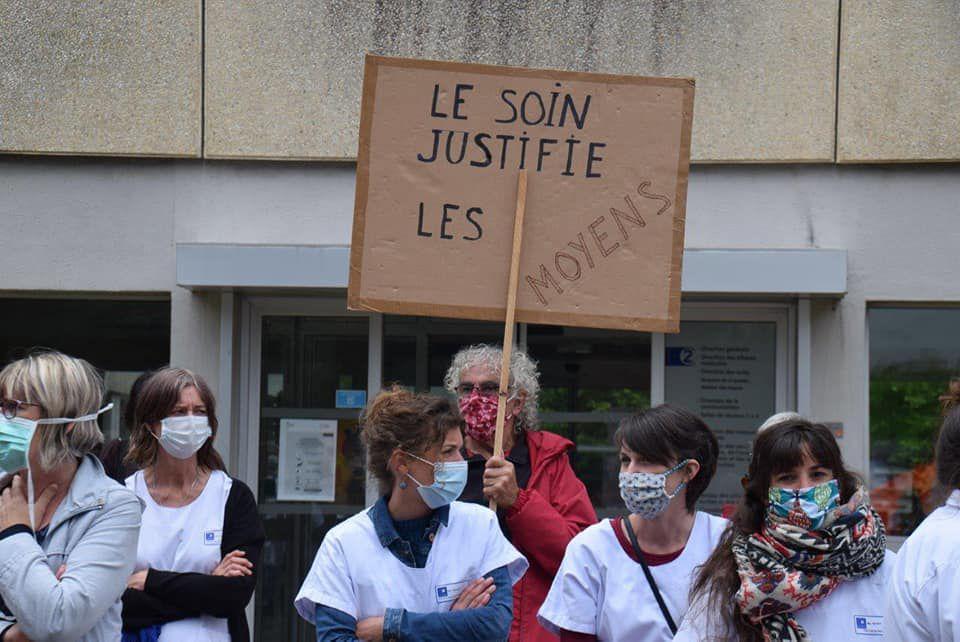 Photo Pierre-Yvon Boisnard - 16 juin 2020 - manif pour la défense de l'hôpital