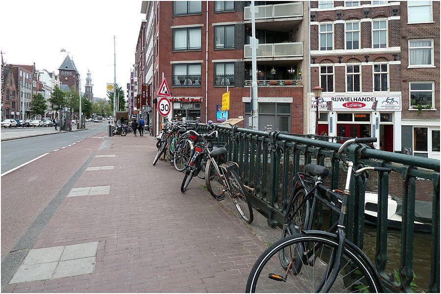 Amsterdam - le long des canaux