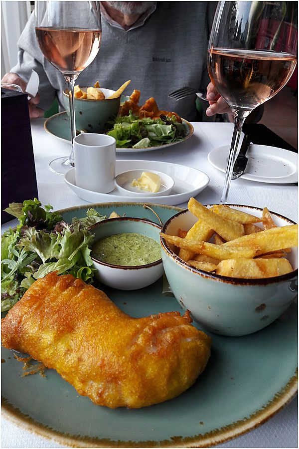 Amsterdam excellent Fish and chips au WestCord Fashion Hotel