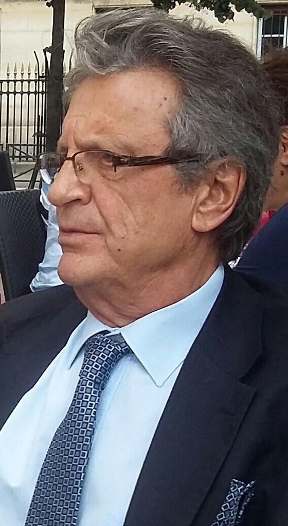 Bernard Domenech, troisième vice-président national de l'UGF, l'inlassable promoteur du gaullisme!