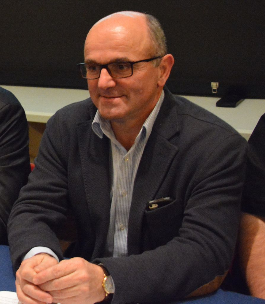 Cinquième vice-président : Patrick Baldan, maire de Castetnau-Camblong