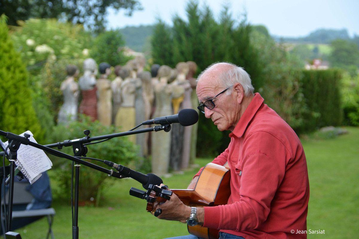"""JARDIN DES ANGES à GESTAS :  Un souffle de poésie, """"Sur le lac d'Hossegor"""",  par Bernard  Cocagnac"""