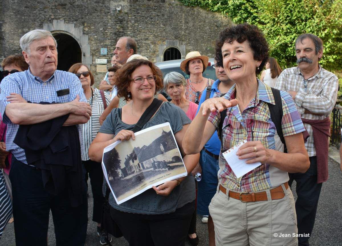 Les deux guides, Cécile (PAH) et Toinette (CHAr)