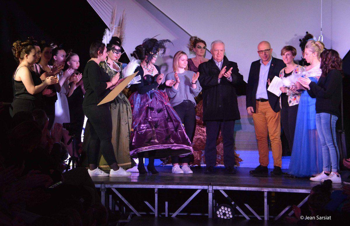 NAVARRENX : Jeunes Talents 64 et défilé de mode aux couleurs du Carnaval de Venise