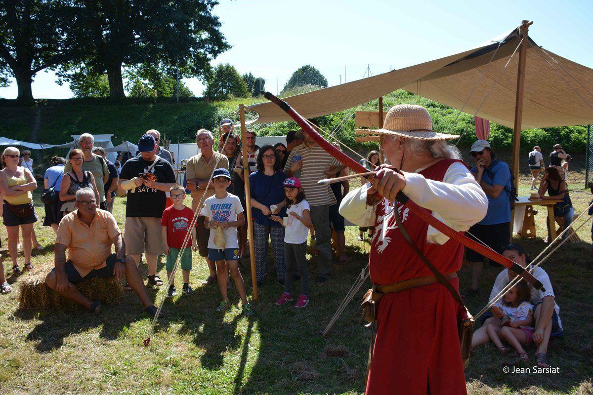 NAVARRENX : Des Médiévales conquérantes sur un site exceptionnel le long des remparts