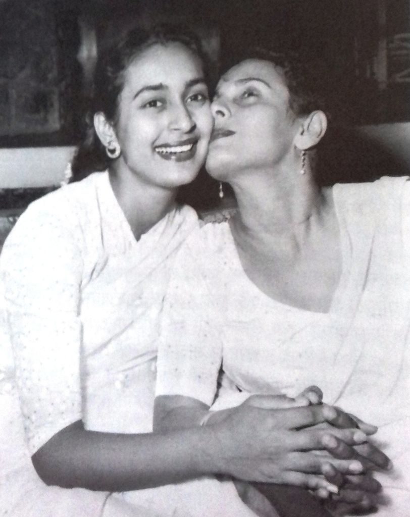 Shobhana Samarth and her daughter