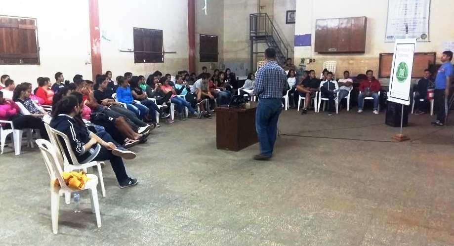 Paraguay : Réunion d'information à la Jeunesse ( comunidad Juvenil del Bañado de Tacumbú), Novembre 2017