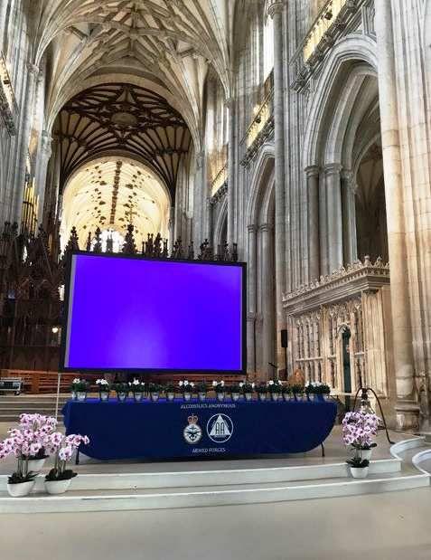 Réunion AA en mémoire de Bill W. à la Cathédrale de Winchester