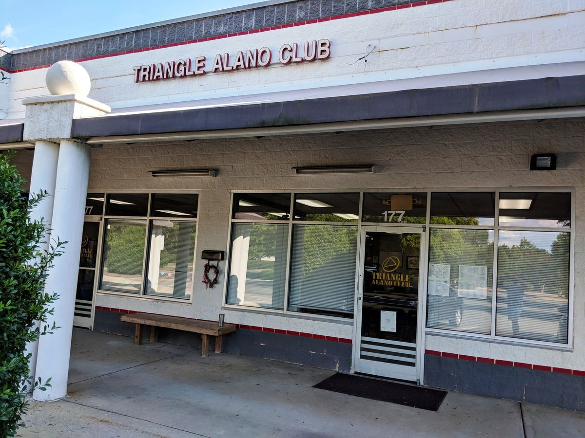 "USA, Cary, North Carolina : ""Triangle Alano Club"""
