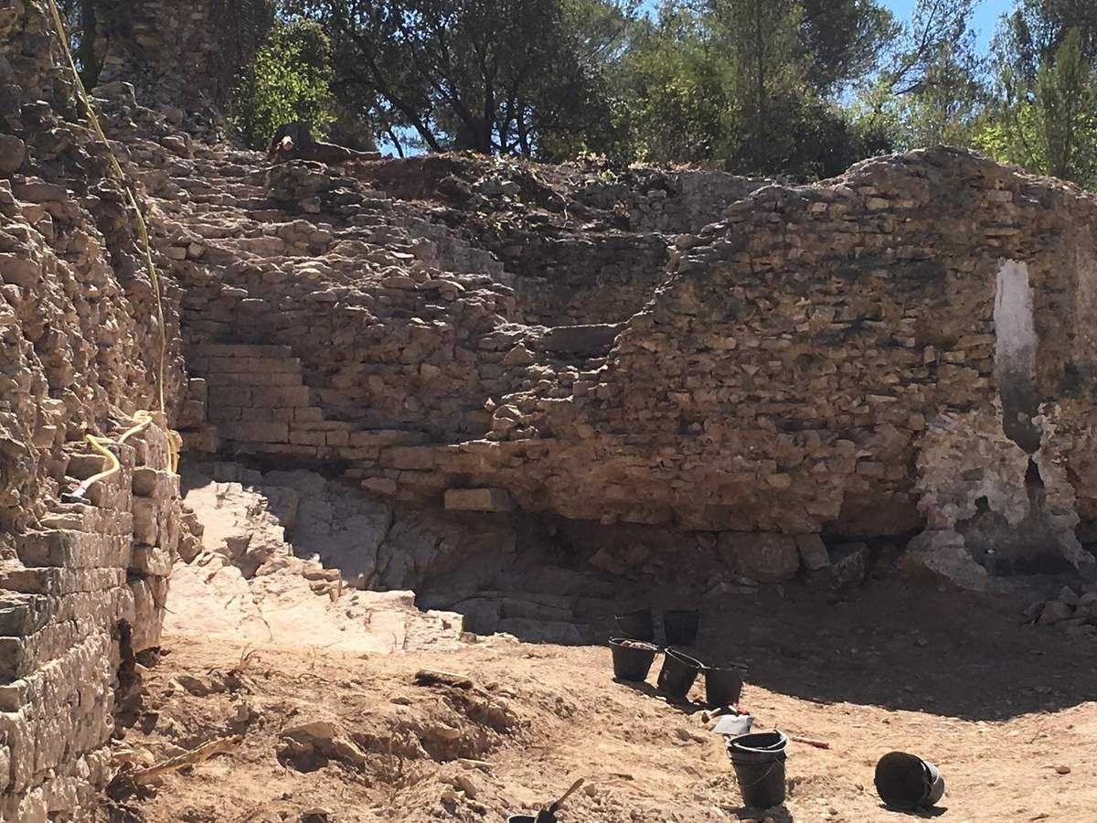 Nouvelles découvertes près du rempart romain à Nîmes....