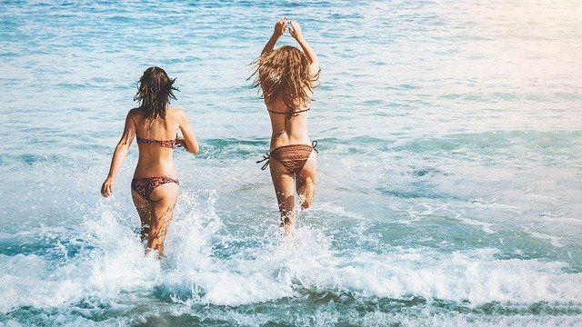 Voici venu le temps du trikini...