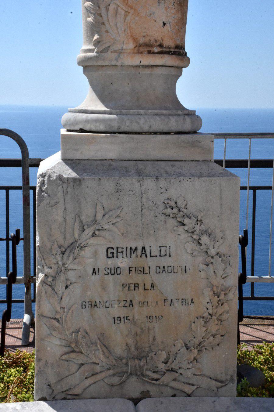 GRIMALDI LE VILLAGE DES SINGES PRINCIERS
