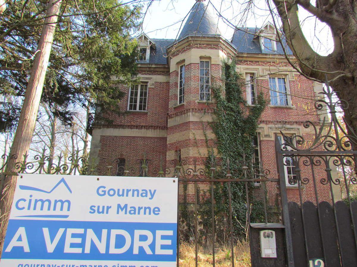 Dernière bâtisse spectaculaire de Gournay-sur-Marne fin XIXe au quai Ballu !