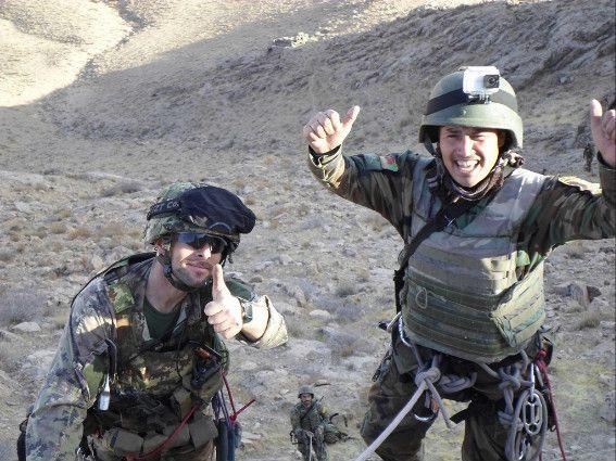Afghanistan:militari italiani addestrano militari afgani al combattimento montano