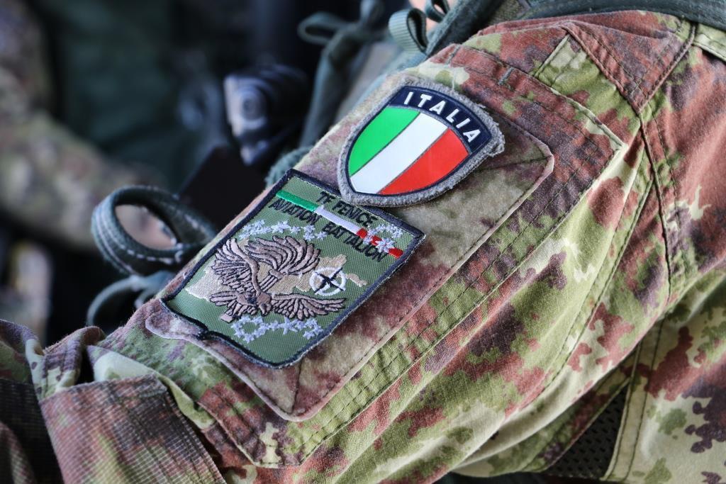 """Afghanistan:passaggio di consegne al comando del Task Group Aviazione Esercito""""Fenice"""""""