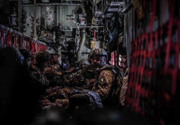 Pisa:parà della Folgore e 46a Brigata Aerea in training con i Marines e USAF