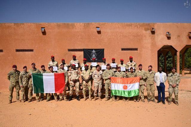 Niger:i Parà della Folgore addestrano la Guardia Nazionale