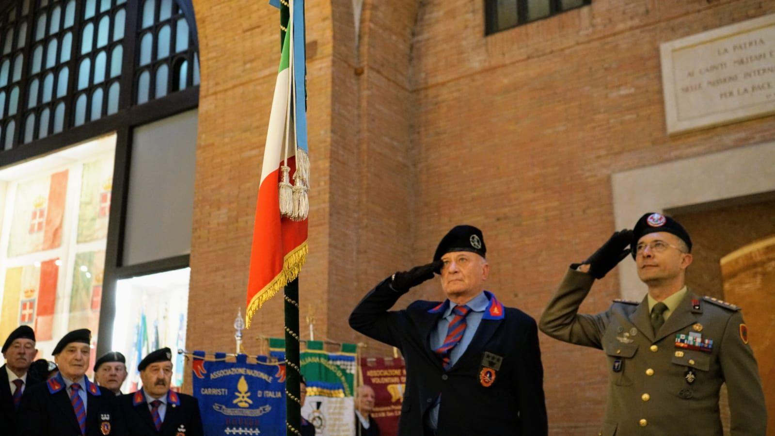 Roma:cerimonia di deposizione dello Stendardo del 31°Reggimento Carri al Vittoriano