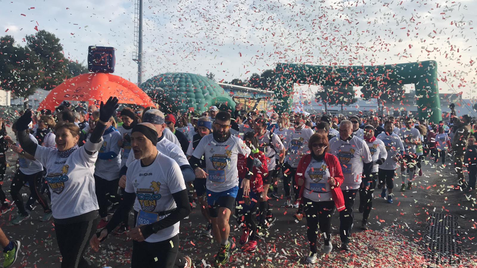 """Barletta:militari dell'82°Reggimento Fanteria""""Torino""""organizzano gara podistica e raccolgono fondi per donare 2 defibrillatori al comune di Barletta"""