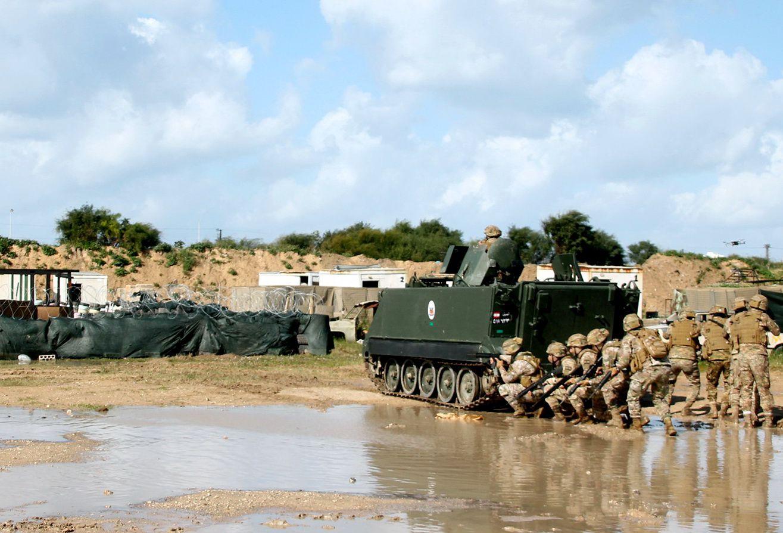 """Libano:militari italiani UNIFIL portano a termine l'esercitazione""""Blue Hammer IV"""""""