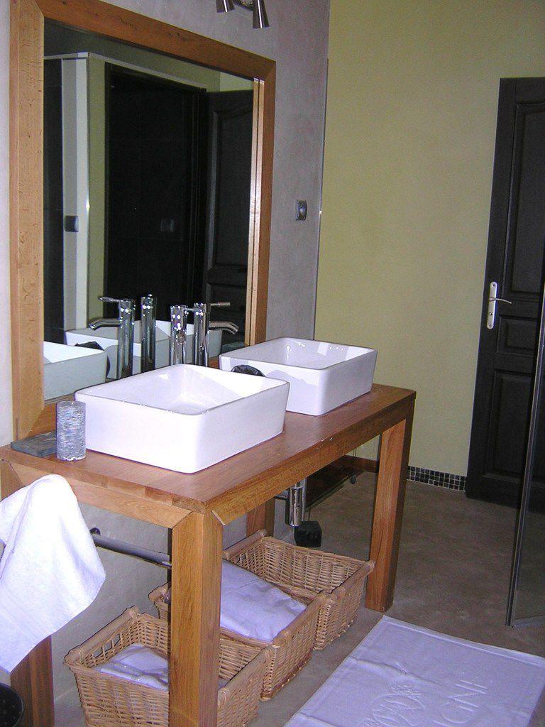 Peinture salle de bain etanche for Peindre une salle de bain