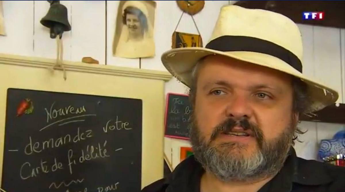 Bretagne : Rencontre insolite avec Paul Le Contellec au bar quincaillerie de Callac