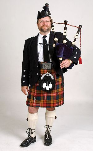 5° - U8L1 - The traditional Scottish outfit