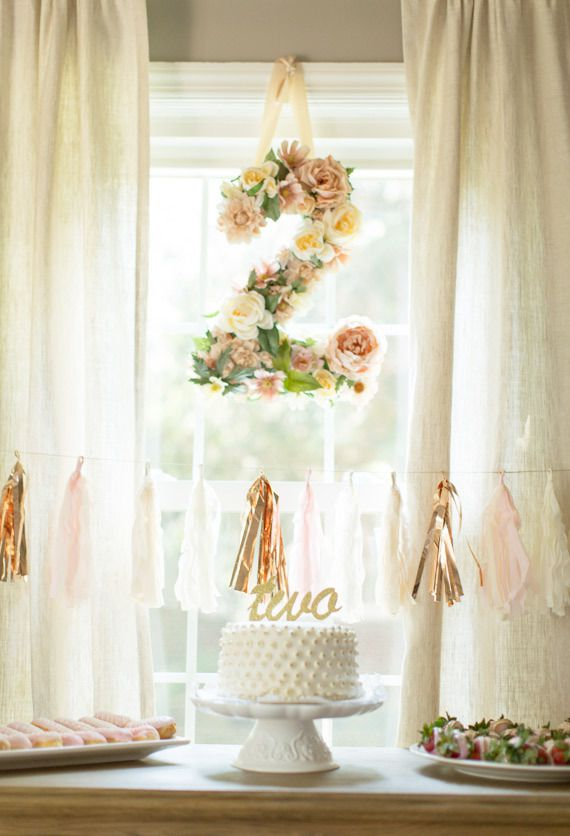 decoration anniversaire fleurs