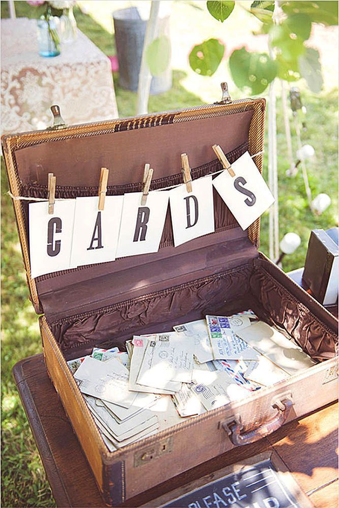 urne mariage vintage valise