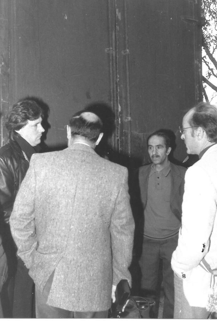 Octobre 1987. Quartier des Ecrivains. Les communistes s'opposent à une expulsion locative.