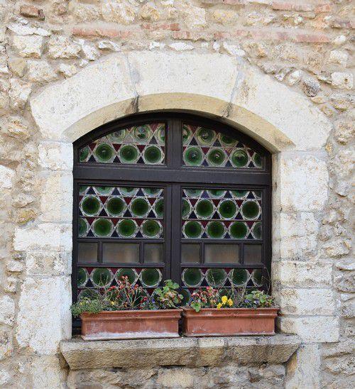 Pérouges, cité médiévale dernier volet