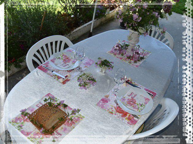 """ma table """"un déjeuner entre filles""""..."""