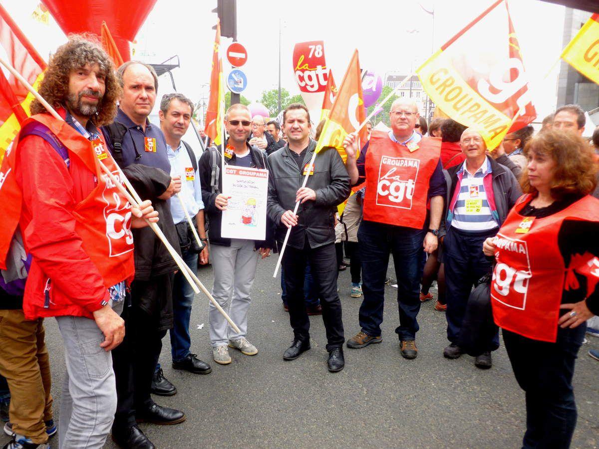 La CGT Groupama à la manif du 26 mai à Paris contre la loi travail, on continue le 14 juin, on lache rien !!