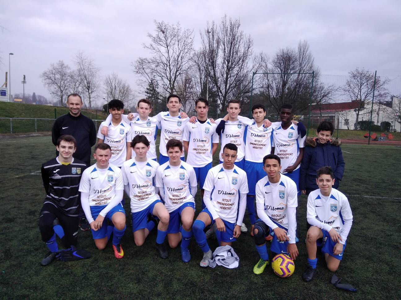 Les U17 vainqueurs conte Belleroche.