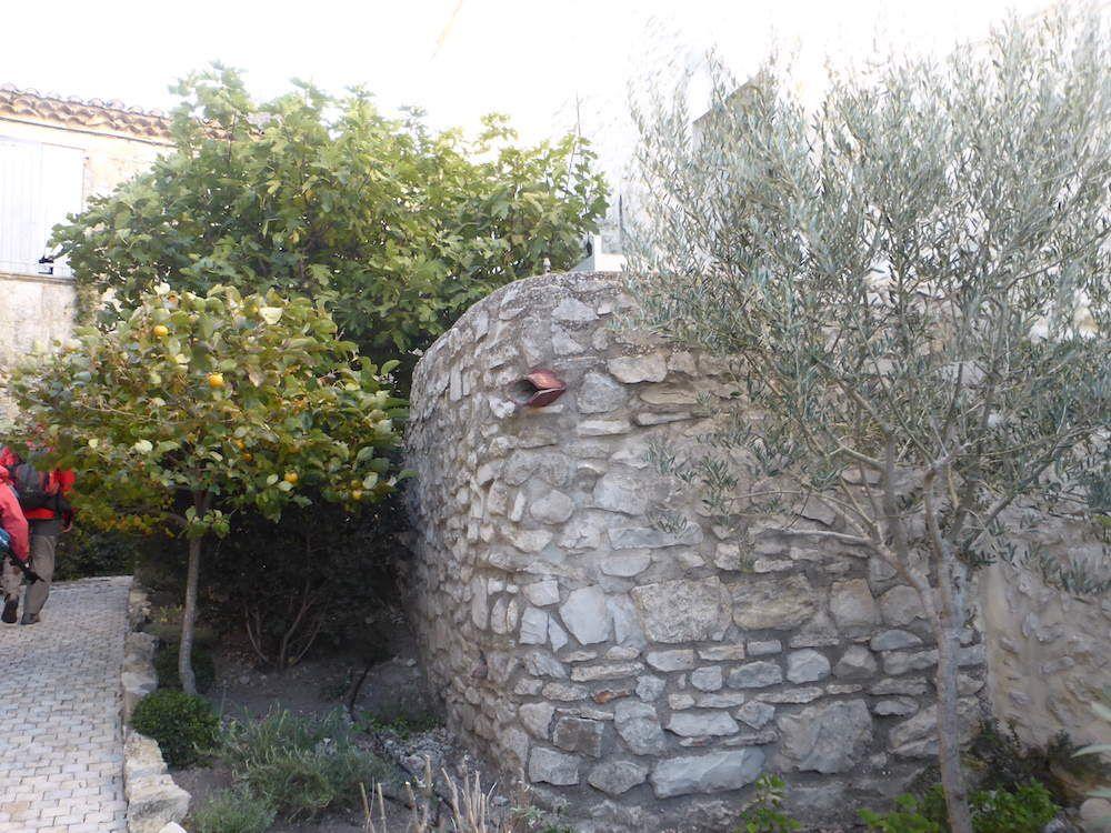 Randonnée du mercredi 21 octobre 2015: La pierre plantée LUSSAN