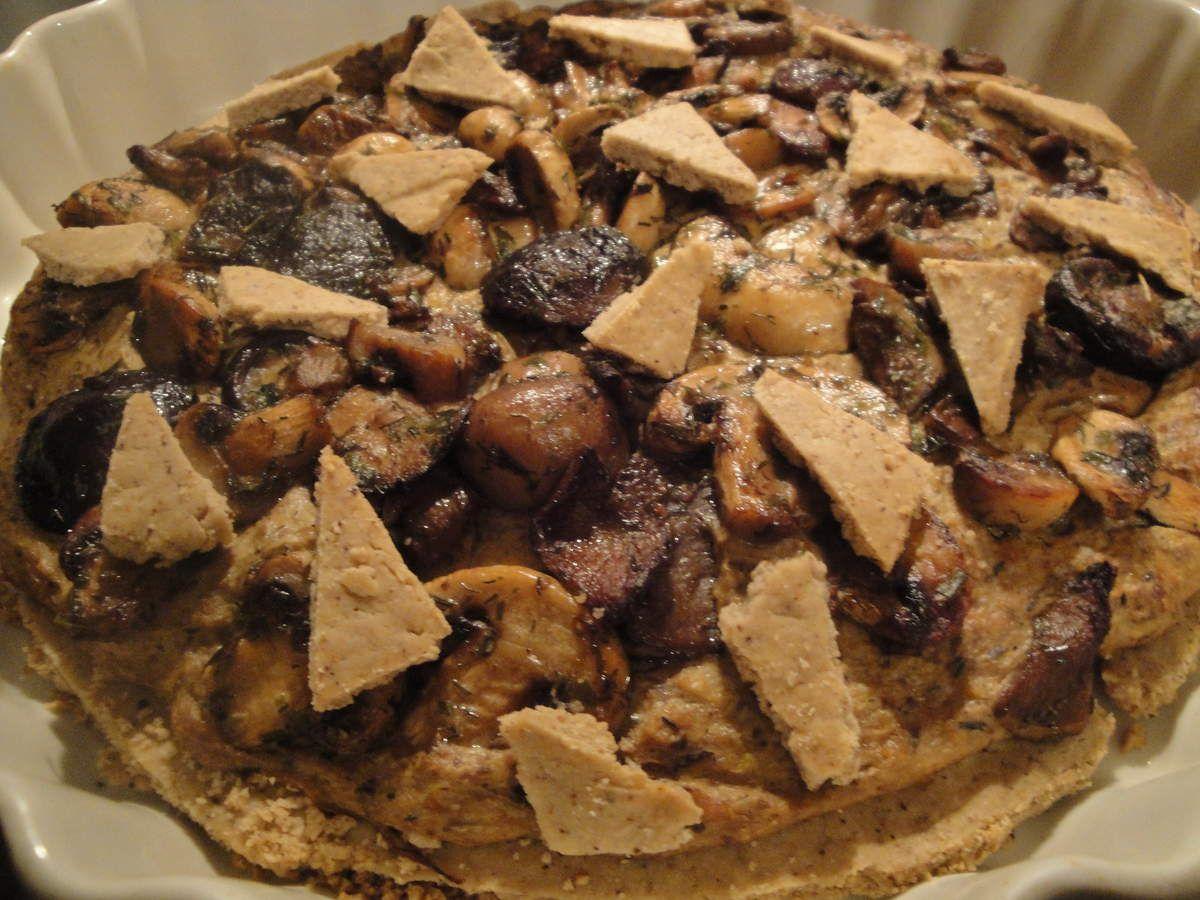 Je n'ai pas replié a pâte débordante comme le préconisait Yotam Ottolenghi et je trouvais la pâte si bonne que les restants ont servi de déco sur le dessus...