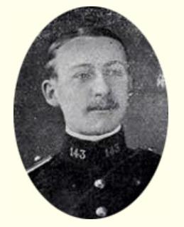 Au lieutenant Denouille de Garches.