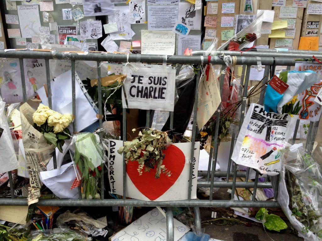 Hommage CHARLIE HEBDO-rue Nicolas APPERT-11eme