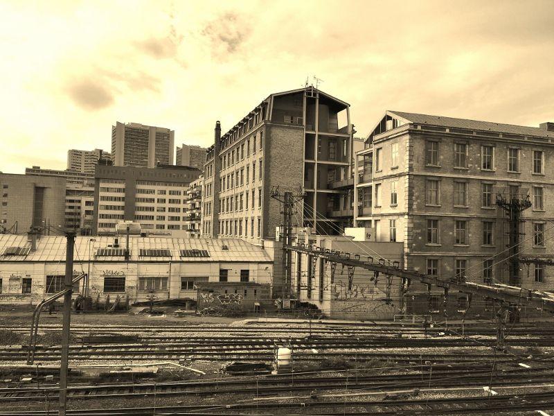 Avenue de FRANCE côté quai de la gare 13eme