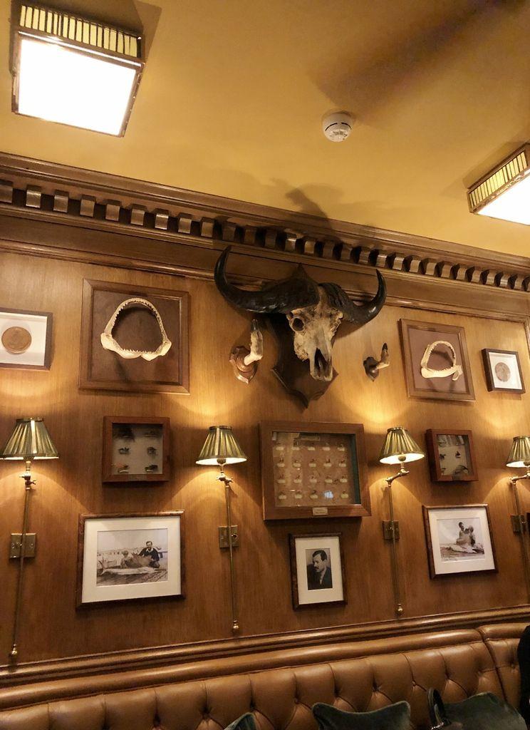 75 Ritz Bar Hemingway