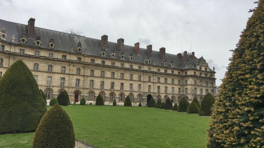 Hôtel des Invalides extérieur 7eme