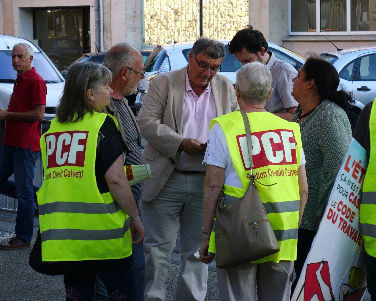 Les communistes de la 3eme circonscription de Vaucluse jouent les trouble-fêtes !
