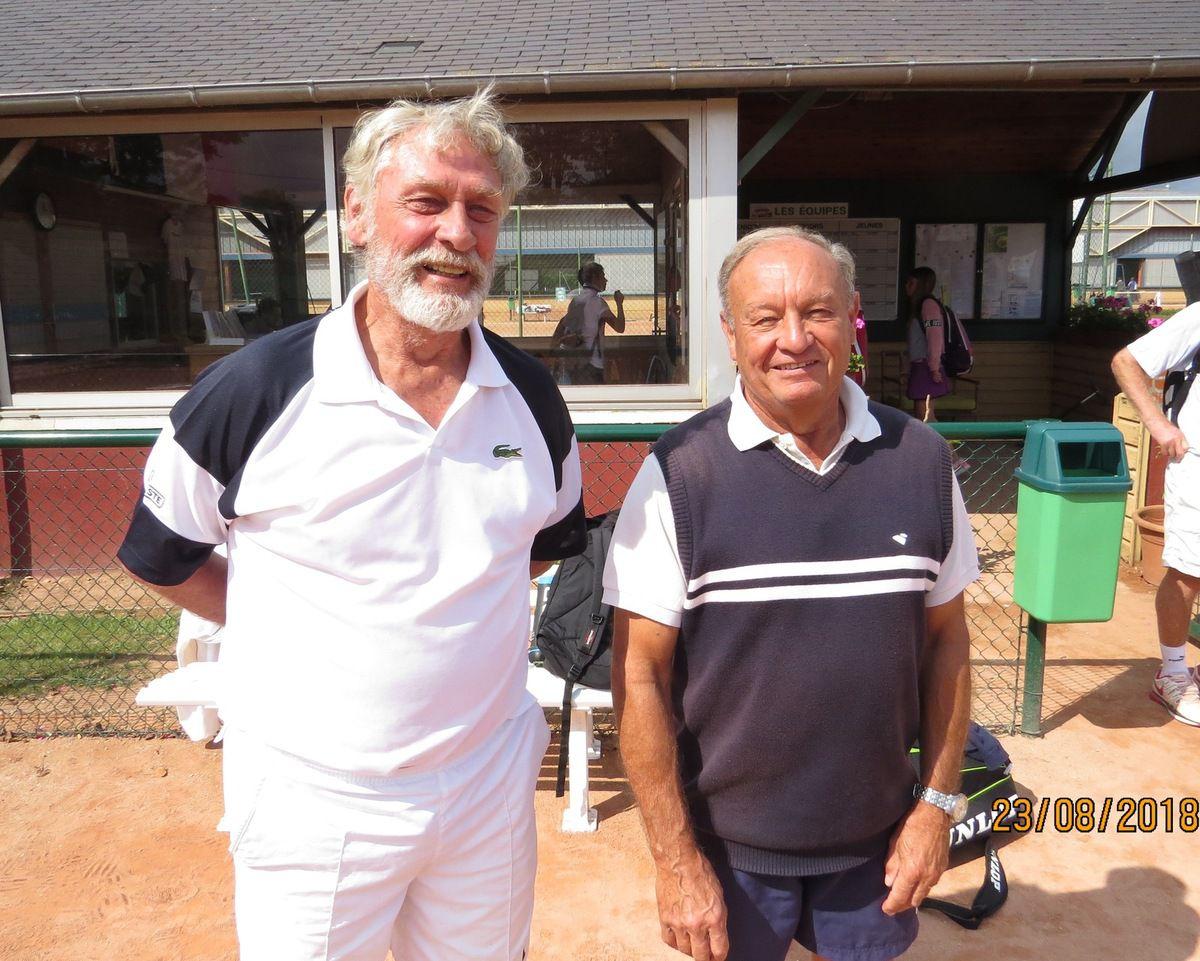 Hommes + 70 : Henri-Jacques Noël (vainqueur) - Jean-Pierre Breteau