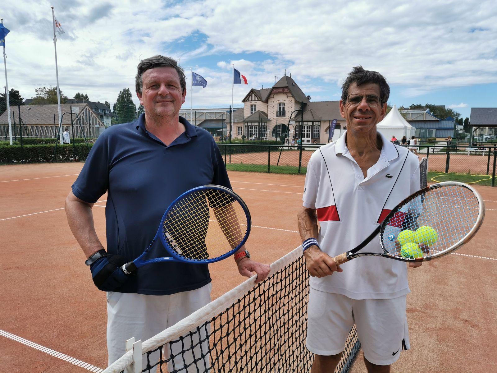 Sylvain Bouvier 15/3 Cabourg gagne contre Jean-Eric Ferrary 15/4 Bois de Boulogne