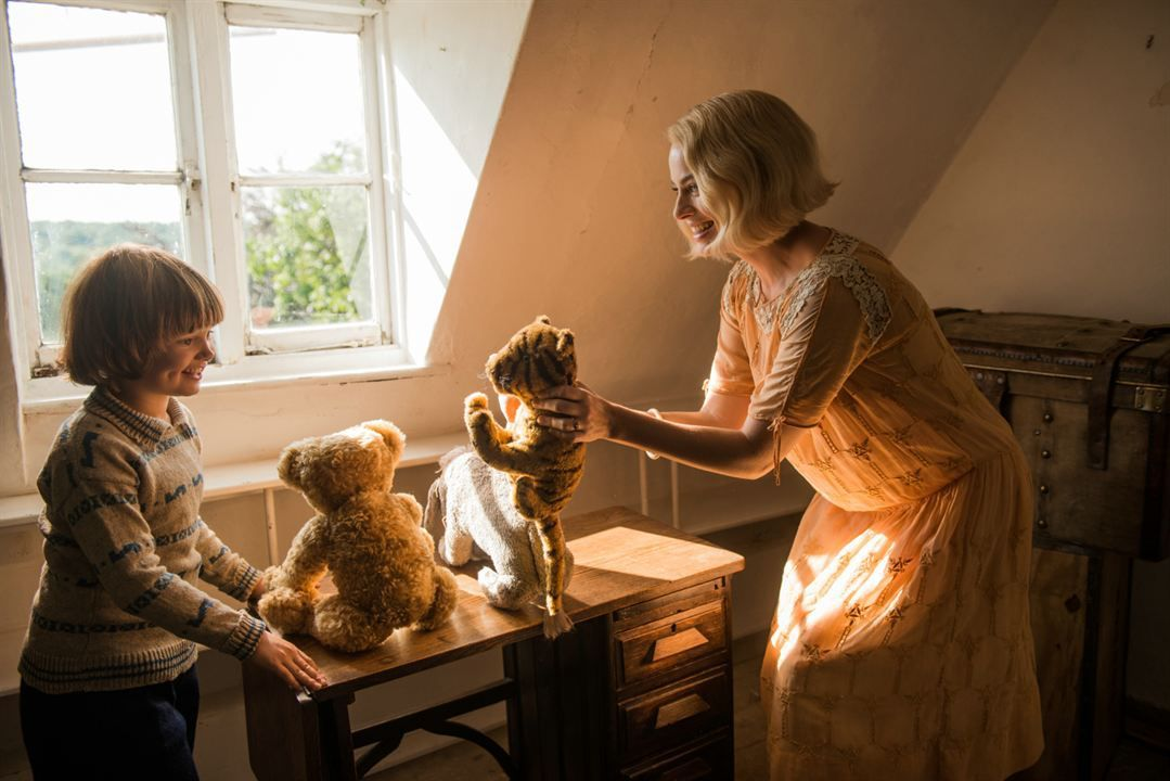 Goodbye_Christopher_Robin_Margot_Robbie