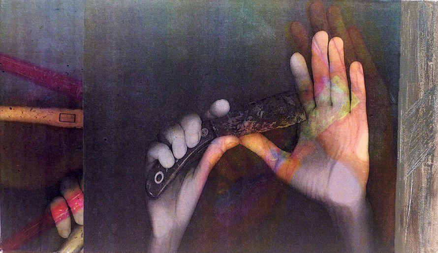 Laïla Bourebrab. — De la série « Les Mains et les Outils », 2004 Exposition du 19 septembre au 19 octobre, Artcité, hôtel de ville de Fontenay-sous-Bois www.artistescontemporains.net