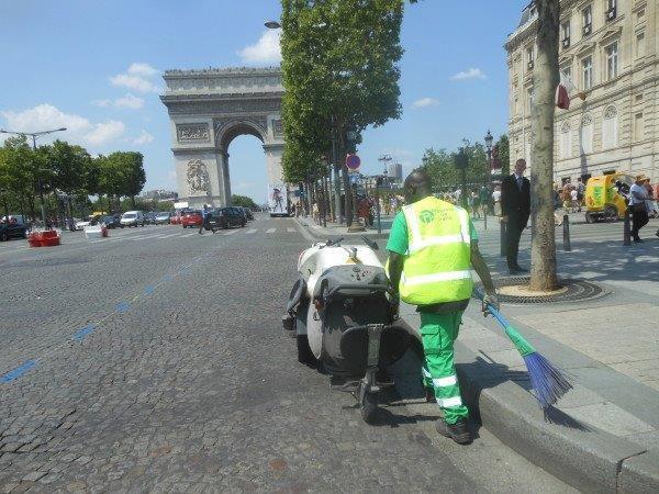 Paris. Juin 2012. © Jean-Louis Crimon