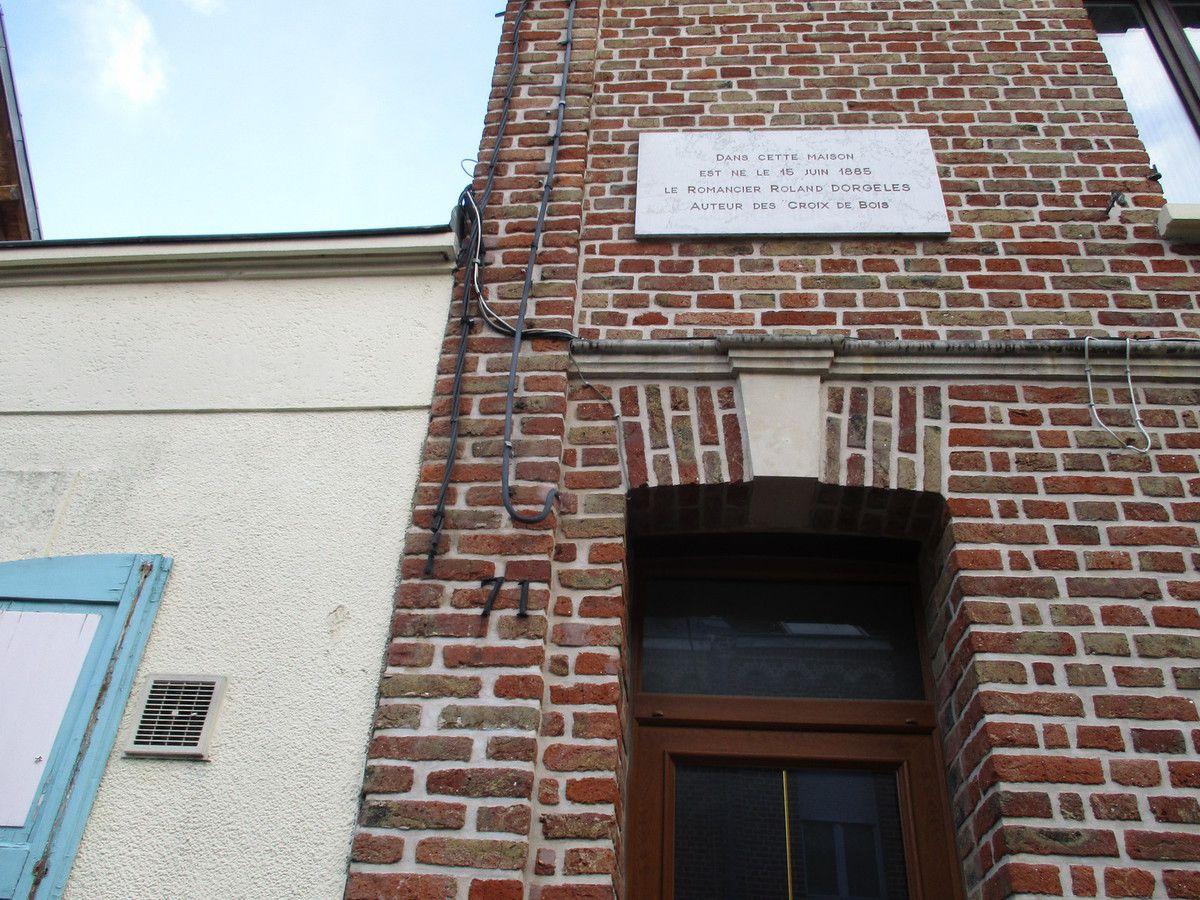 Amiens. 71, rue Vascosan. Maison natale de Roland Dorgelès. © Jean-Louis Crimon