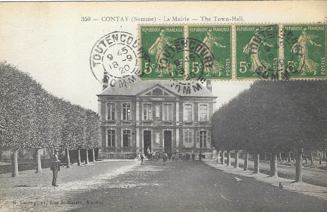 Contay. La Mairie. Carte postale ancienne. © G. Lelong.